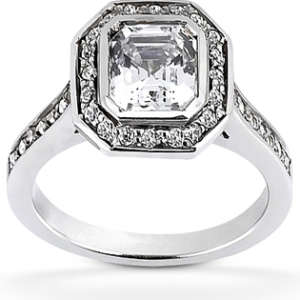 Engagement Ring Ascher Cut Halo Diamond