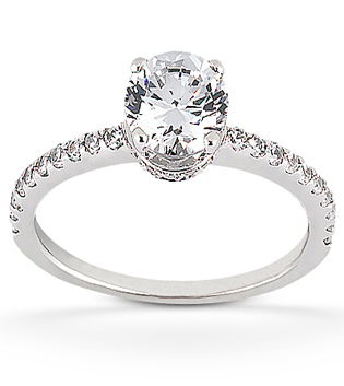Brilliant diamond engagement ring