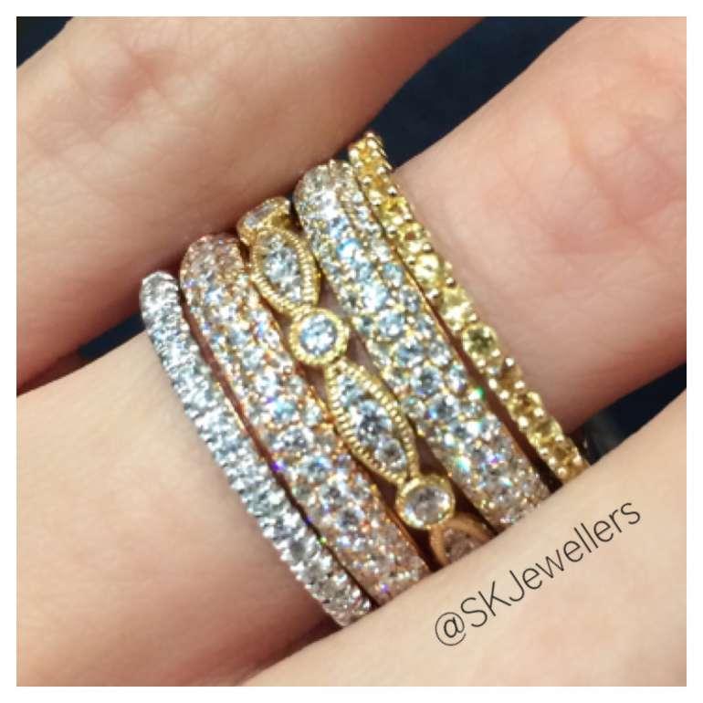 Stacking diamond rings