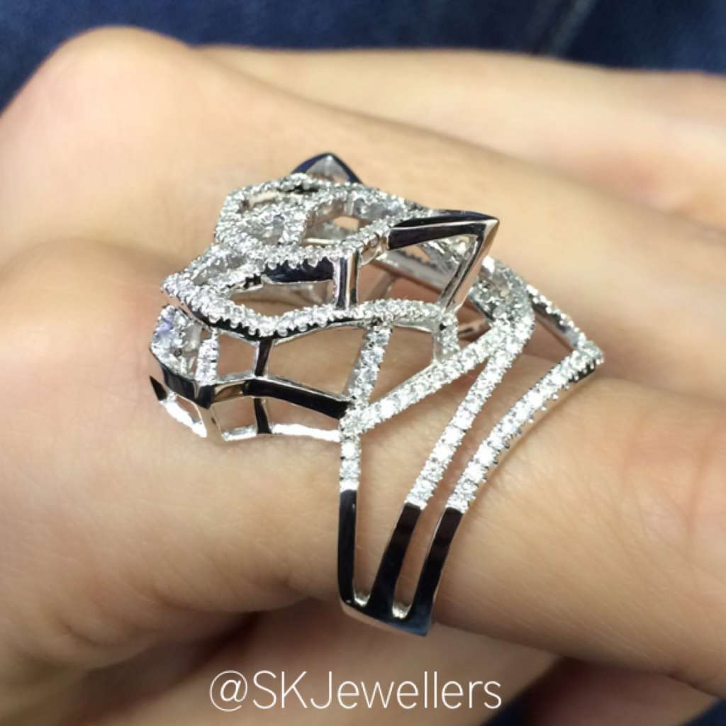 tiger diamond ring