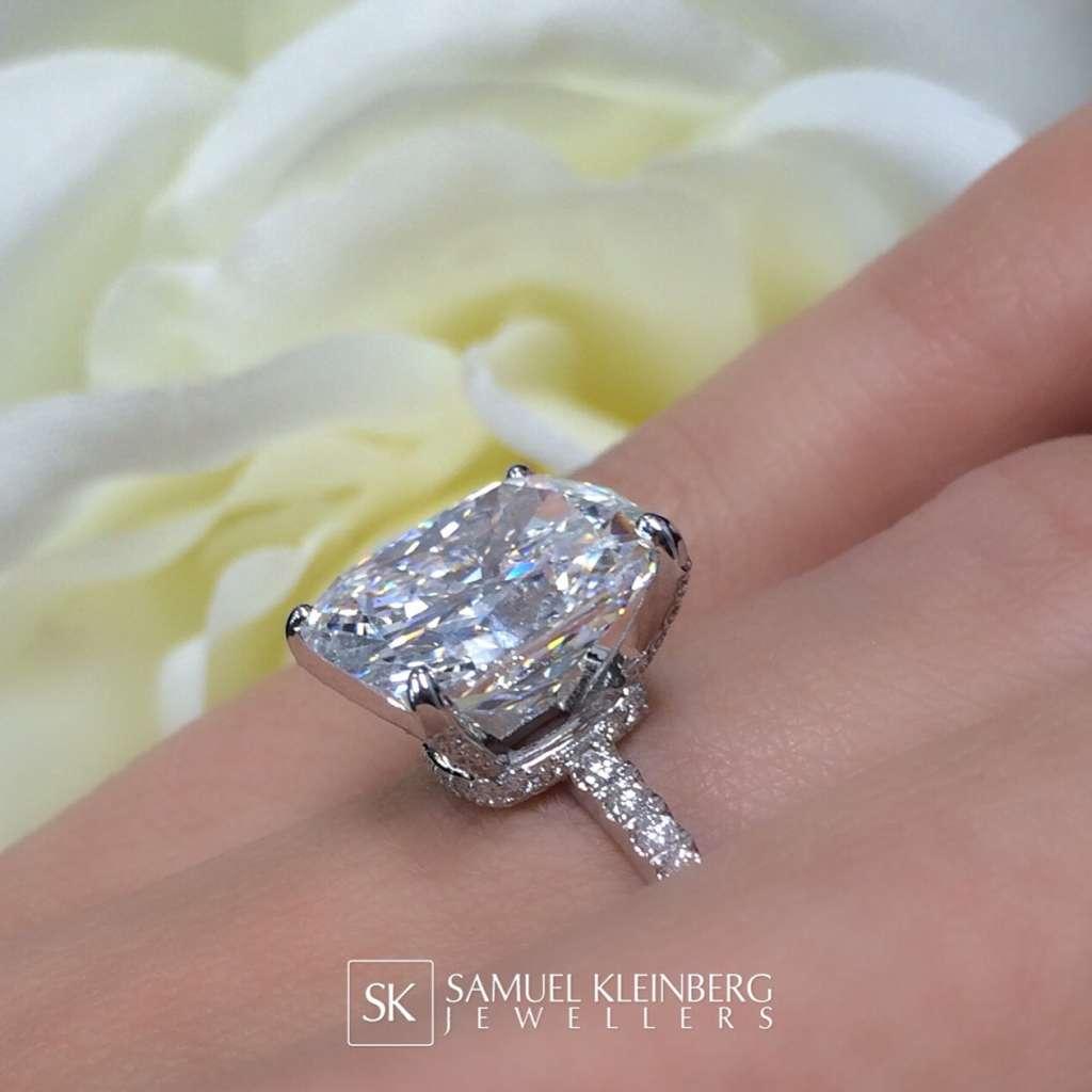 kim k engagement ring